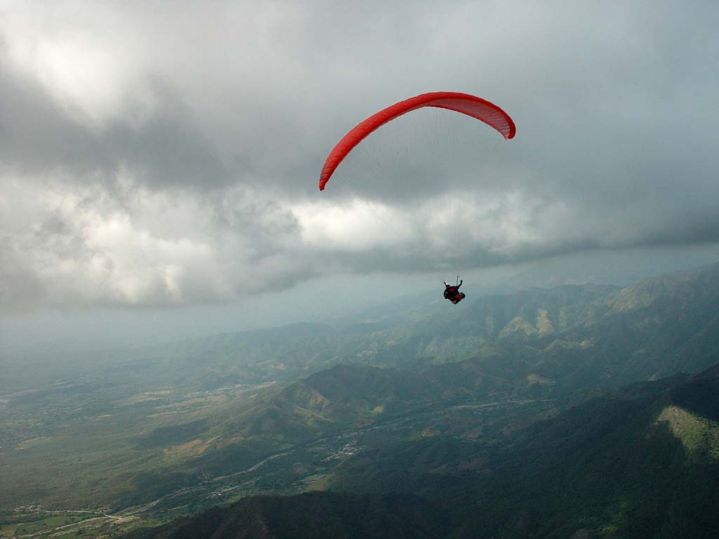 Photos of the Dominican Republic: Cloudbase during a XC ...